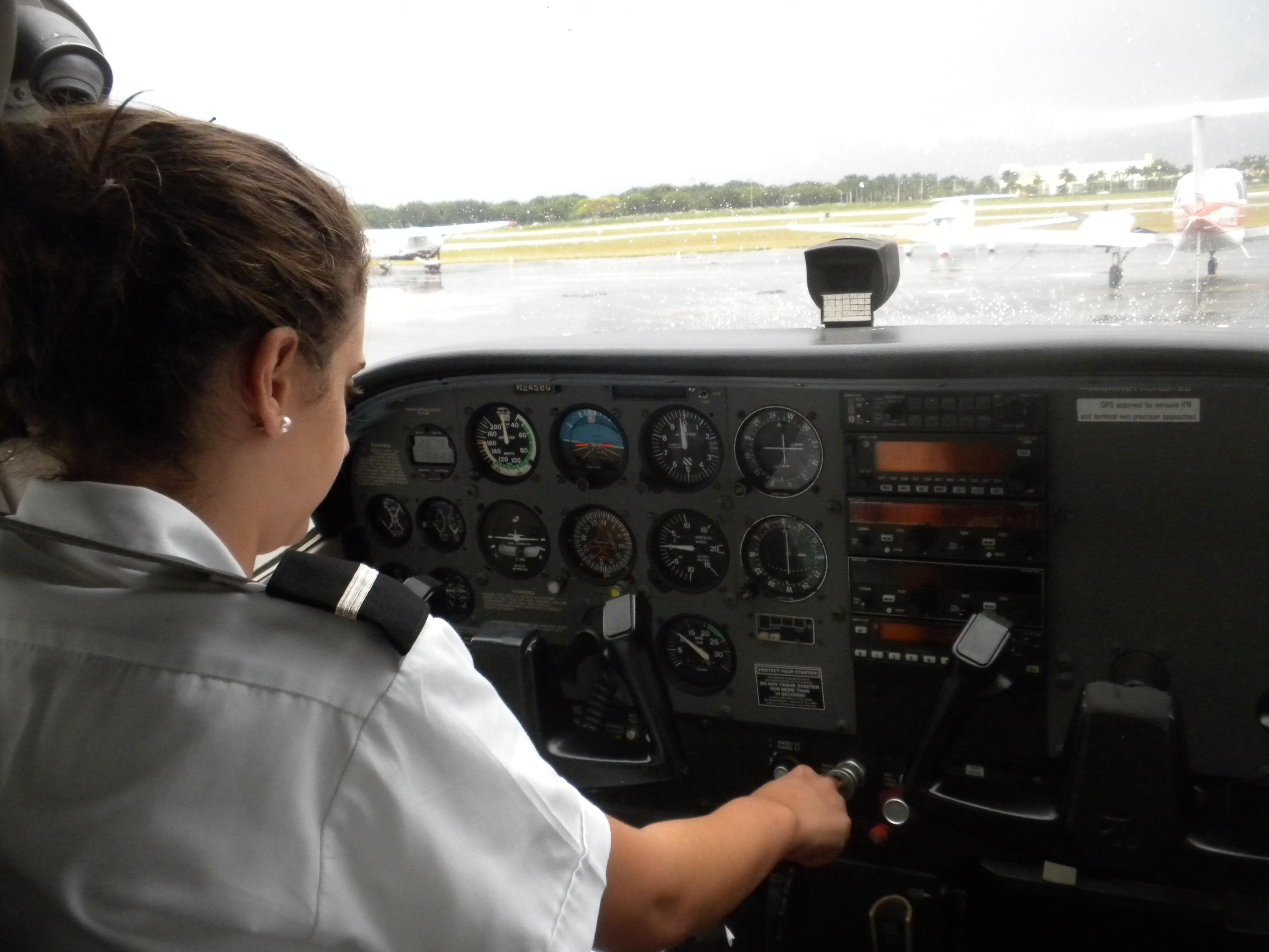 Silver_Express_female_pilot_Wendy_Wakfie